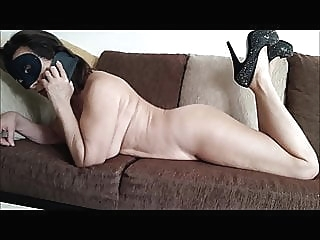 Noemie and the pizza delivery man brunette spankwire milf