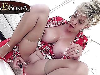Lady Sonia gets off with her new vibrator blonde spankwire mature