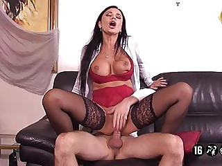 Ania Patrone De L'agence Immobiliere anal spankwire hardcore