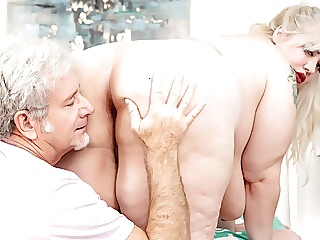 BBW Genevieve LaFleur Needs Some Encourage Relieving The brush Tension blonde spankwire blowjob